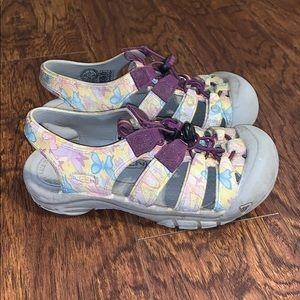 Kid's Keen Butterfly Outdoor Sandals Sz 2Y